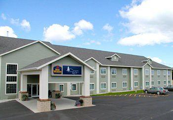 ‪BEST WESTERN Scenic Hill Resort‬