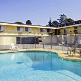 Photo of The Islander Motel Santa Cruz
