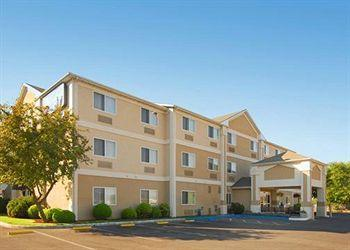Photo of Comfort Inn North Medford