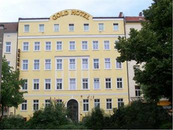 Gold Hotel am Wismarplatz