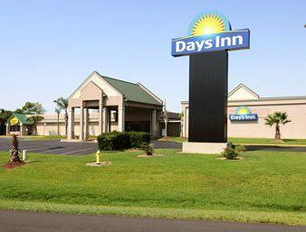 Photo of Days Inn Jennings