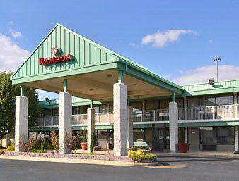 Ramada Edgewood Hotel and Conference Center