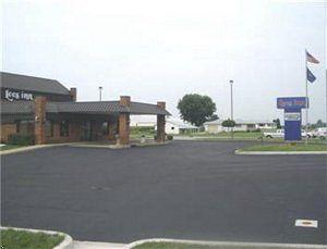 Econo Lodge Lebanon