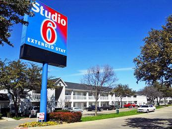 Studio 6 Dallas Northwest