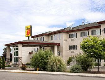 Photo of Super 8 Central Point-Medford