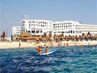 Yasmine Beach Resort