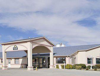 Guymon Days Inn & Suites