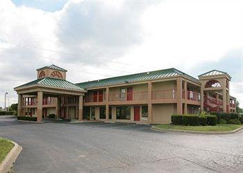 Photo of Econo Lodge & Suites Brooks