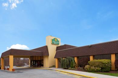 Photo of La Quinta Inn & Suites Armonk