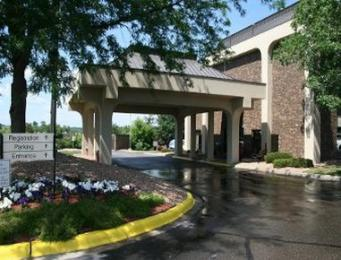 Baymont Inn & Suites Eden Prairie/Minneapolis