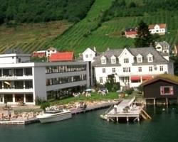 Leikanger Fjord Hotel