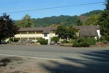 Salbasgeon Inn of the Umpqua