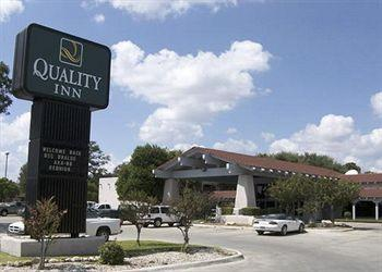 Photo of Quality Inn Uvalde