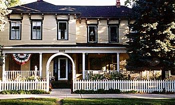 College and Grove Bed and Breakfast