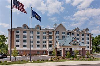 Photo of Country Inn & Suites State College
