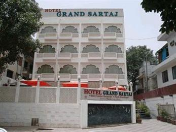 Grand Sartaj Hotel