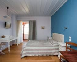 Zorbas Apartments at Limnos Beach
