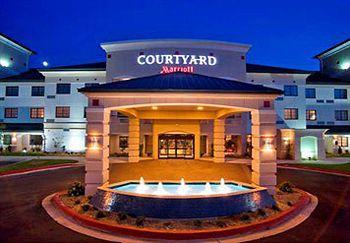 ‪Courtyard by Marriott Oklahoma City North‬