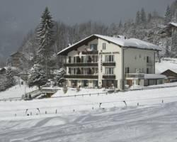 Photo of Hotel Berghaus Wengen