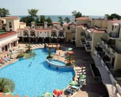 Photo of Martinez ApartHotel Sozopol