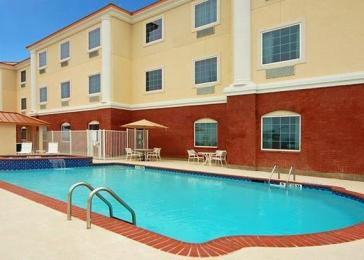 ‪Comfort Suites Galveston‬