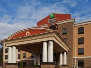 ‪Holiday Inn Express & Suites Fulton‬