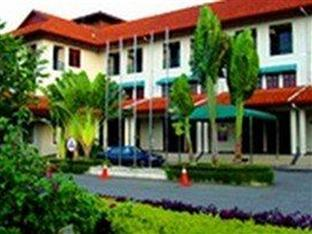 Harvard Suasana Hotel