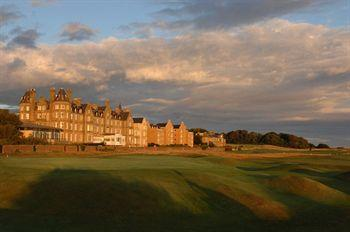 Macdonald Marine Hotel & Spa