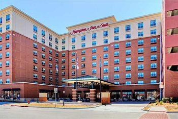 ‪Hampton Inn & Suites Oklahoma City / Bricktown‬