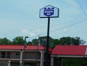 ‪Knights Inn Knoxville/Lenoir City‬
