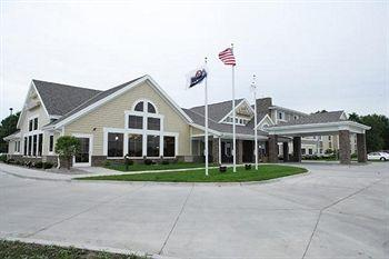 Photo of AmericInn Lodge & Suites Monmouth