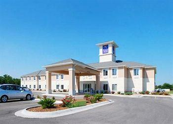 Photo of Sleep Inn & Suites Parsons