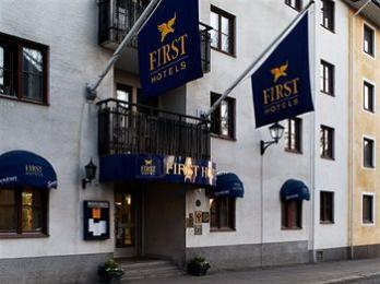 First Park Astoria Hotel