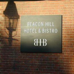 ‪Beacon Hill Hotel and Bistro‬