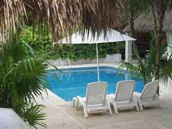 Photo of Tropical Escape Hotel Playa del Carmen