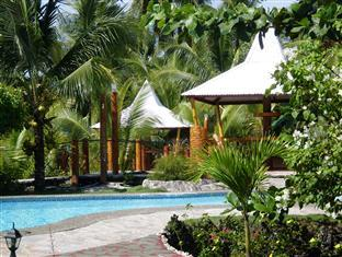 Maia's Beach Resort
