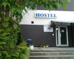 Hostel 10
