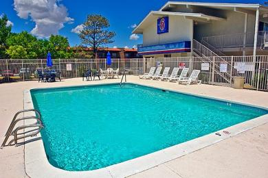 Motel 6 Santa Fe