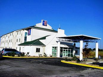 Motel 6 Louisville - Georgetown