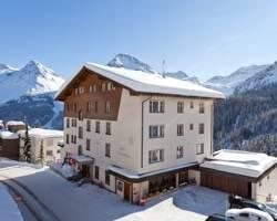 Photo of Hotel Alpensonne Arosa