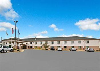 ‪Comfort Inn & Suites Black River Falls‬