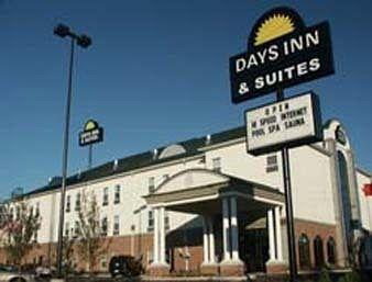 ‪Days Inn & Suites Murfreesboro‬