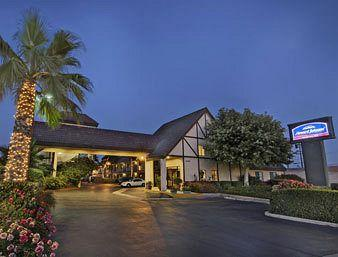 Photo of Howard Johnson Express Inn - Norco