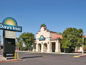 Days Inn I-17 & Thomas