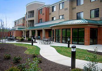 ‪Courtyard by Marriott Kansas City - Shawnee‬