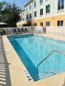 Holiday Inn Express Hotel & Suites Tavares