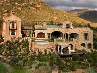 Wild Horses Mountain Guest Lodge