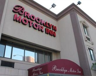 ‪Brooklyn Motor Inn‬
