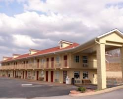 Pin Oak Parkway Inn