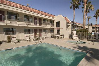Red Roof Inn Palm Springs - Thousand Palms